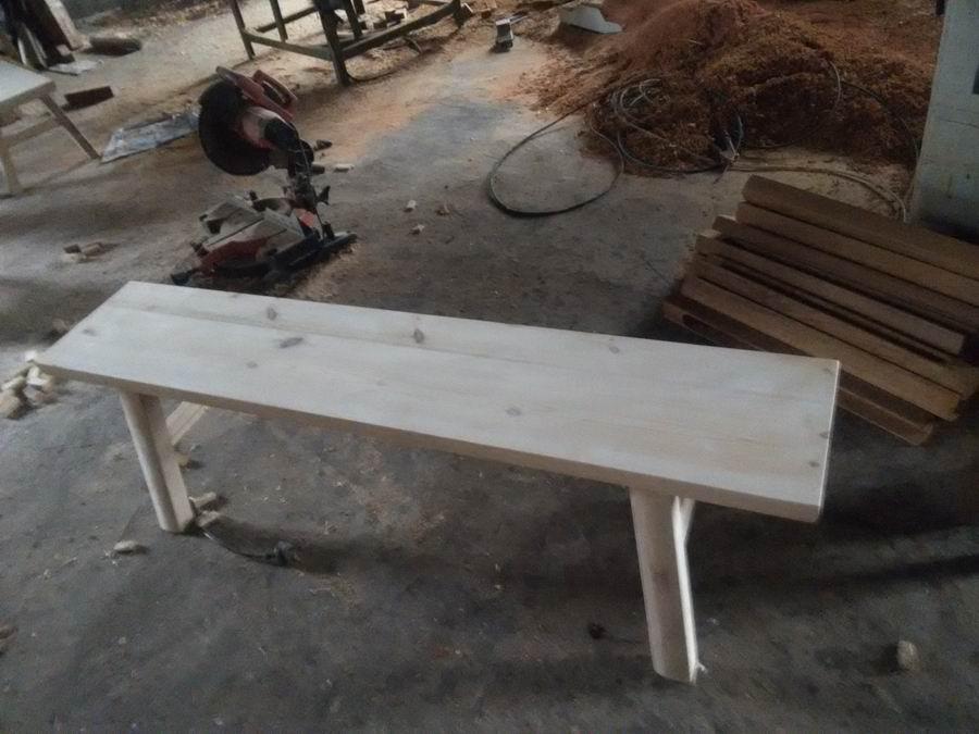 防腐木小凳子